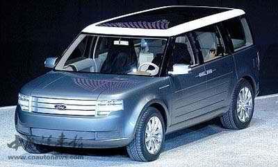福特取消了未来生产一款像上图fairlane概念车的小型客车计划.