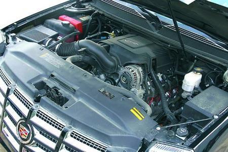 虽然发动机技术很传统,但凯雷德大排量的优势还是十分明显