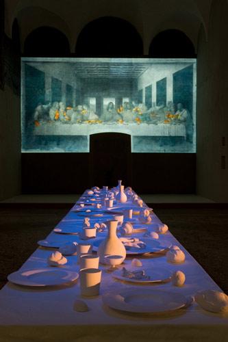 """09 国际艺术节-彼得·格里纳韦的作品""""最后的晚餐"""""""