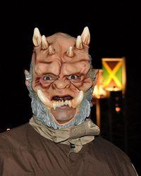 越恐怖越好的大型面具