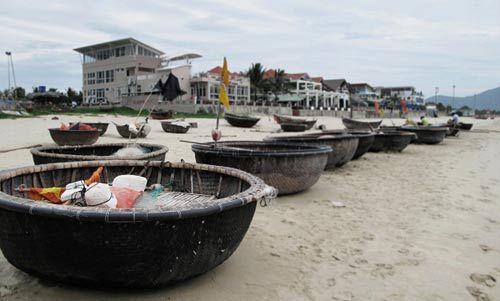 岘港的海滩,还保有其基本的作用所在,并非纯粹的旅游景点