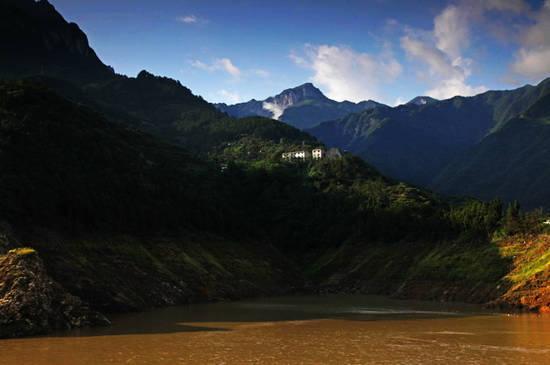 新浪旅游配图:西陵峡 摄影:阿坤