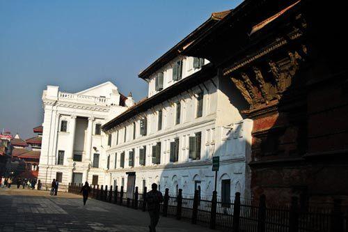 哈努曼多卡宫
