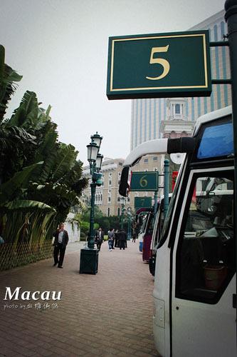 新浪旅游配图:澳门街景 摄影:血糖偏低