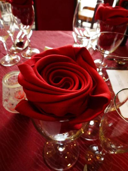 厨师雕刻玫瑰教学步骤图片