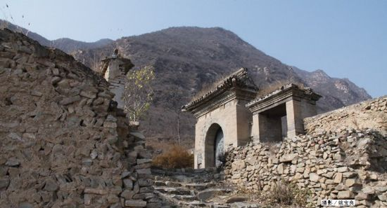 京西文化之旅:走近千年古村灵水