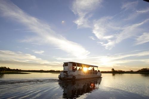 巡游在静谧的黄水河