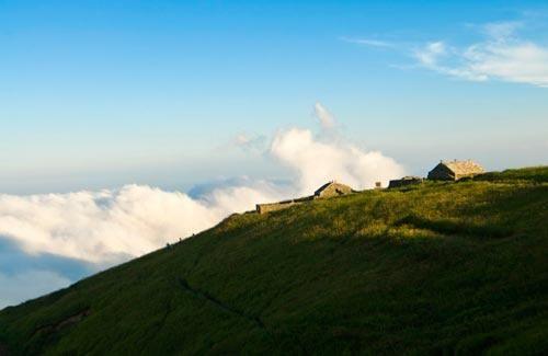 新浪旅游配图:天上的草原 摄影:雨屋