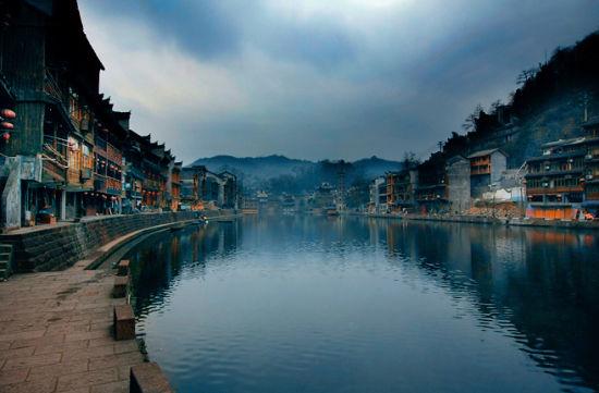 新浪旅游配图:凤凰,一个梦 摄影:郭亮村村民
