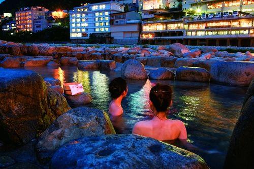 新浪旅游配图:日式秘汤 摄影:日本岐阜县旅游局