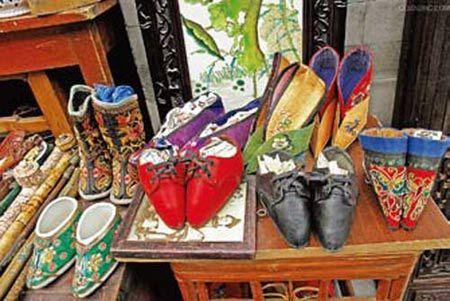 各式各样的三寸金莲鞋