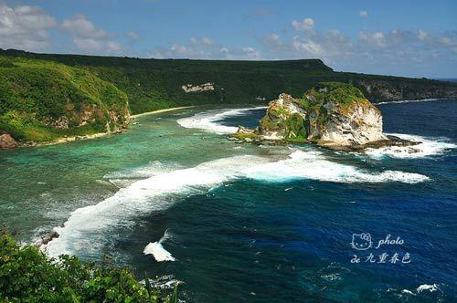 塞班島鳥島海岸如琉璃般的海浪