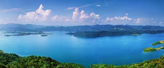 澄碧湖风光