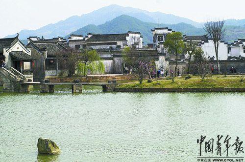 无论从全村整体天际线或从单体建筑的轮廓,呈坎皆具有明清文化古村的独特风格