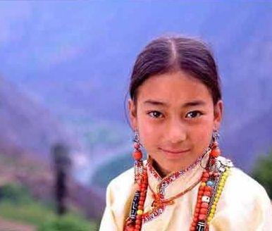 四川神秘女王谷的姑娘