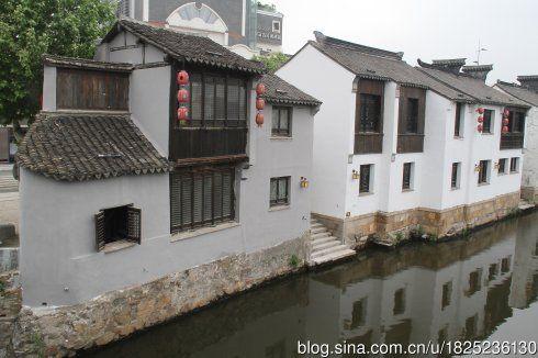 古运河畔的老房子被重新粉刷