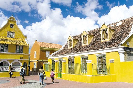 有着历史岁月的城镇建筑