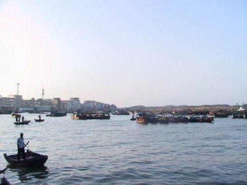 出港的渔船