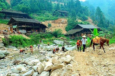 湖南旅游地�_养在深闺人未识 盘点湖南人少景美的绝佳旅游地