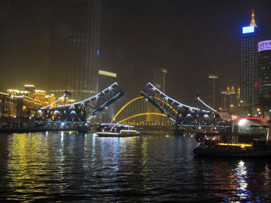 解放桥夜景(来源:网络)