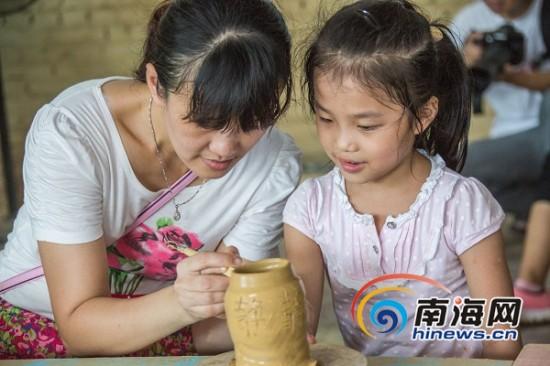 炒咖啡豆玩陶艺海南澄迈美丽乡村亲子游受热捧