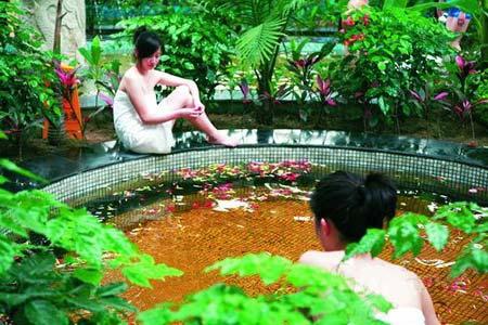享受冬日里的温泉