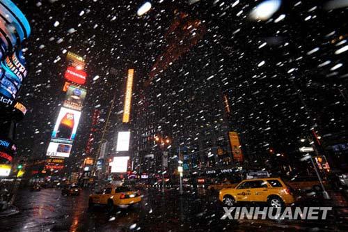 组图:纽约降下历史上3月份罕见大雪