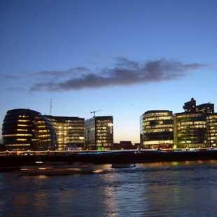 泰晤士河的夜晚