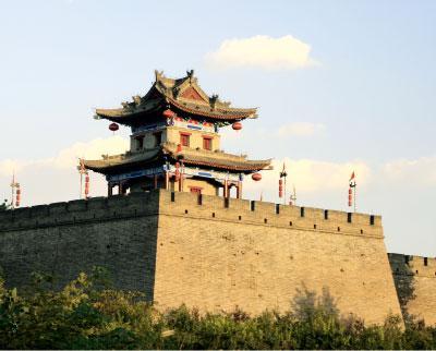 位于西安市中心的明城墙早已成了古城标志