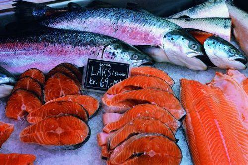 特罗姆瑟餐馆里总少不了腌制三文鱼