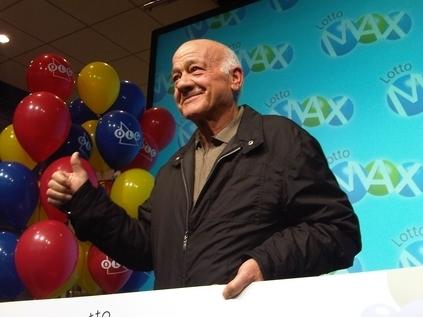 73岁得瓦罗内中得3.19亿巨奖