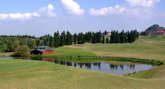 东方日星高尔夫球场介绍;; 风景美图; 东方日星高尔夫球场将於99年2月