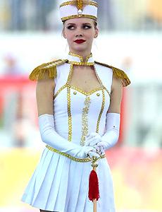 俄罗斯美少女盛装舞步