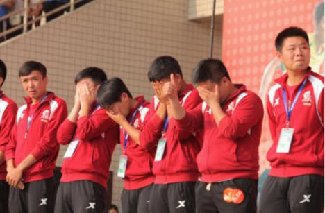 大学生球员的退役仪式