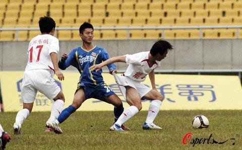 图文-[中甲]四川队1-1南京有有掀起你的裤子来