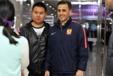 万名中国球迷客场助威 为恒大营造火爆气氛