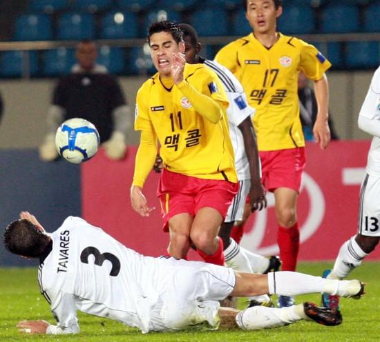 图文-城南一和挺进亚冠决赛两队外援间的争夺