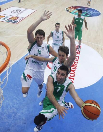 图文-[斯杯]斯洛文尼亚107-74伊朗换个角度