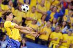 图文-[欧洲杯]俄罗斯VS瑞典伊布拉西莫维奇头球