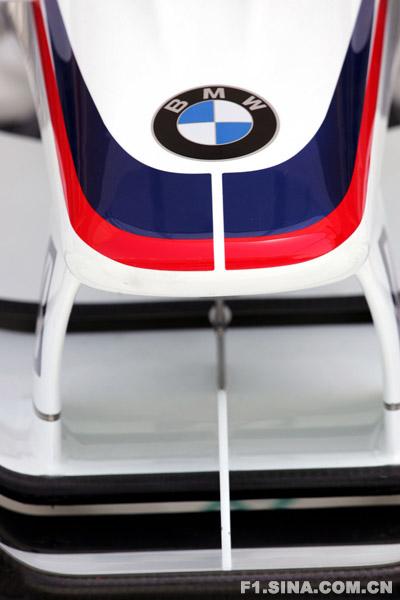 图文-F1车队备战巴林GP宝马F1.08的鼻锥