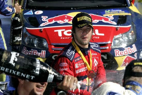 图文-WRC西班牙站第三日勒布冠军拿得手软