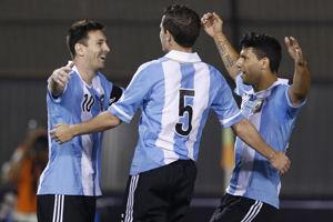 世预赛-梅西2球助阿圭罗破门阿根廷5-2提前出线