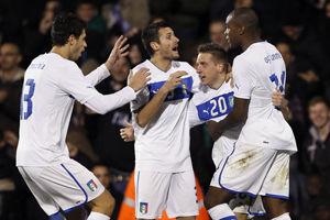 热身-巴神助攻罗西头筹意大利两中框2-2尼日利亚
