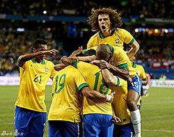 热身赛-绿巨人罗比尼奥进球巴西2比1智利迎六连胜