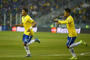 美洲杯-罗比助攻弟媳破门巴西2-1胜夺头名