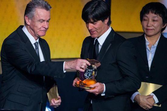 C罗认为安切洛蒂赢得赢得年度最佳教练