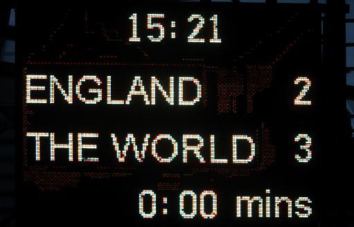 图文-[元老赛]英格兰2-3世界明星英格兰又输个2比3