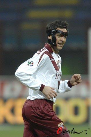 图文-[意甲]国际米兰4-0都灵雷科巴变身面具人