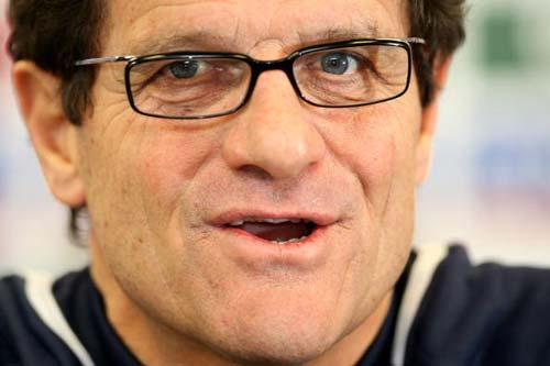 图文-英格兰队主教练卡佩罗开发布会饱经岁月沧桑