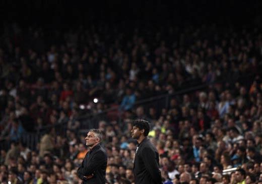 图文-[欧冠]巴塞罗那VS沙尔克两位少帅心情迥异